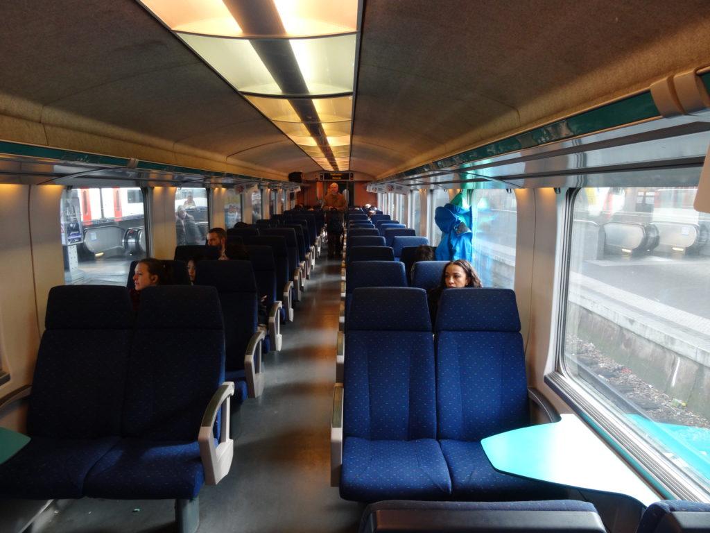 Kolej w Belgii - wagon klasy drugiej