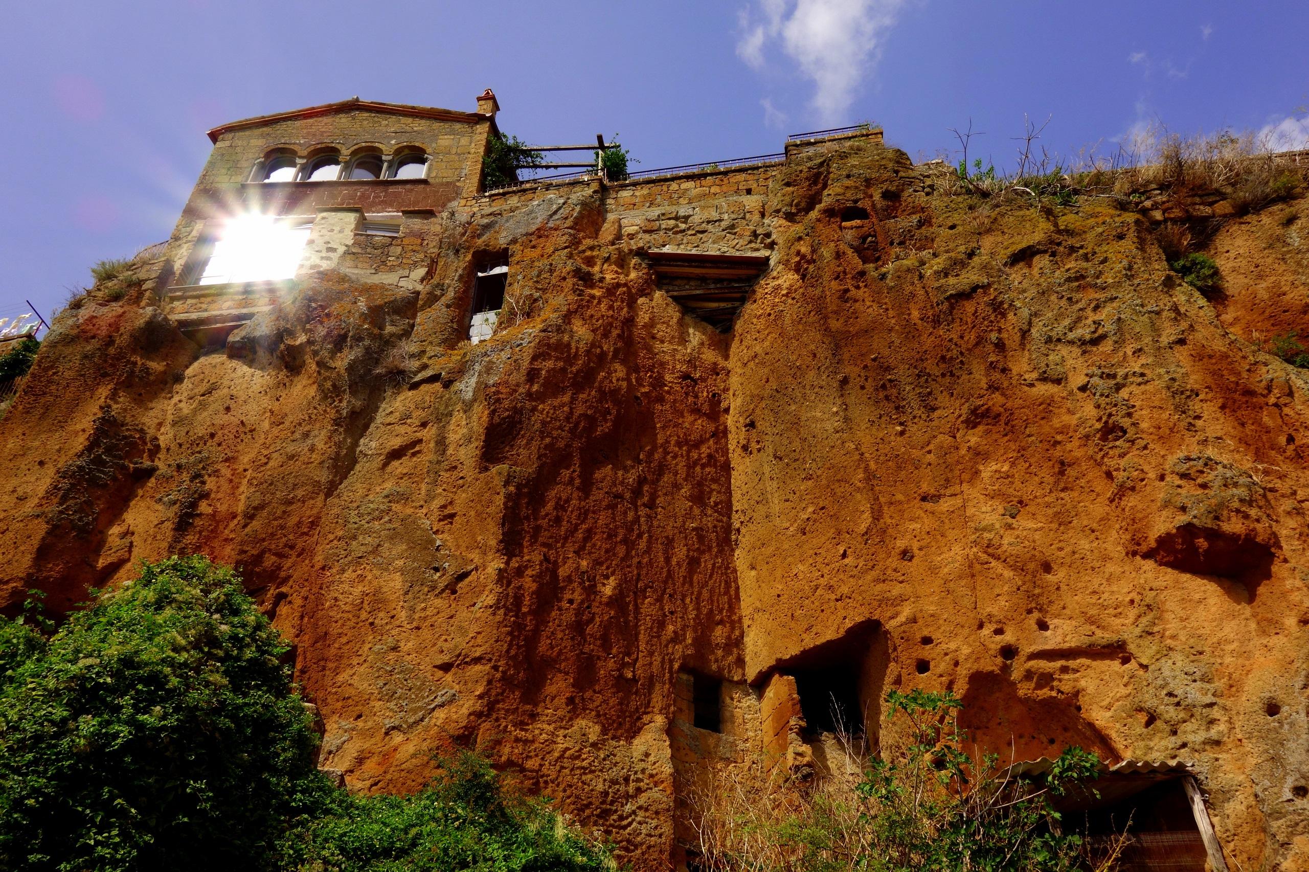Civita di Bagnoregio - miasto na skale