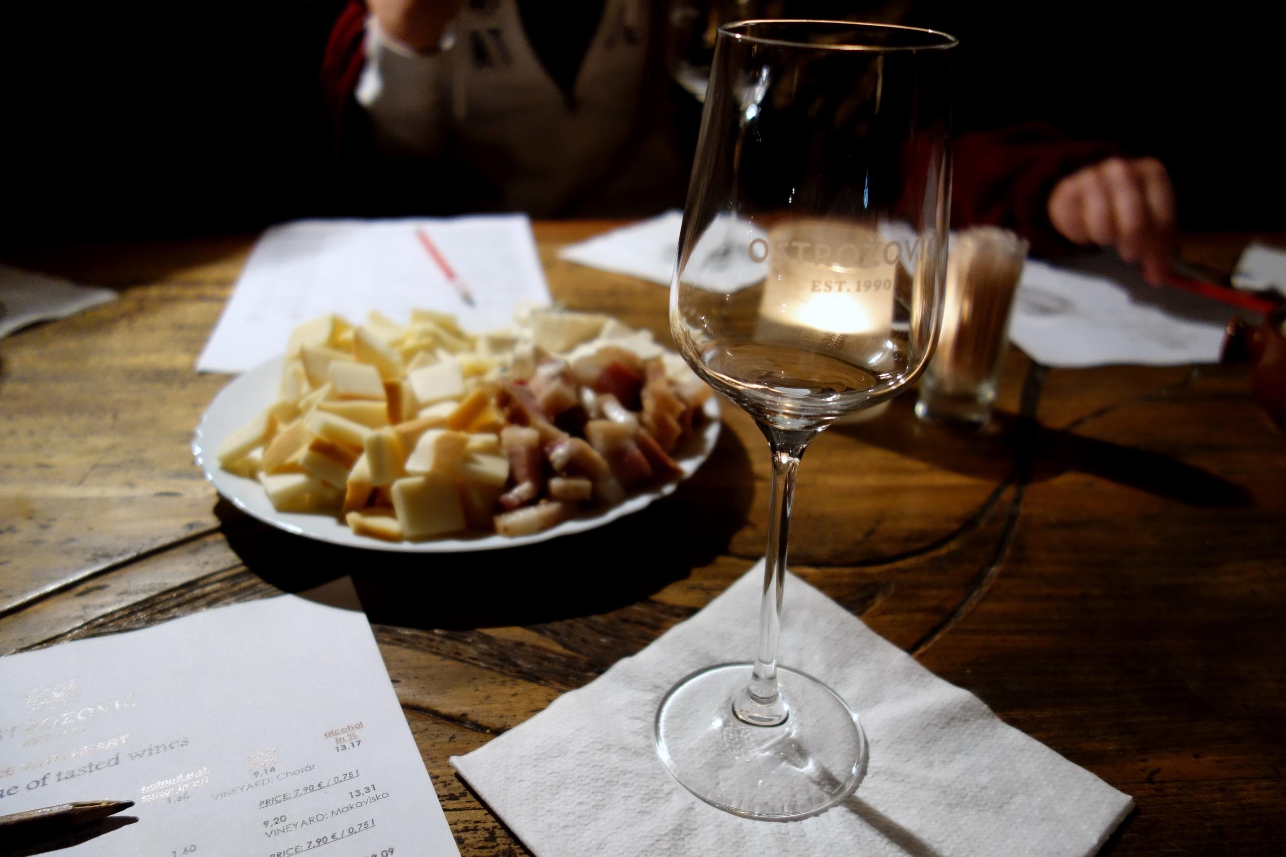 Słowacki tokaj - degustacja wina w J & J Ostrožovič