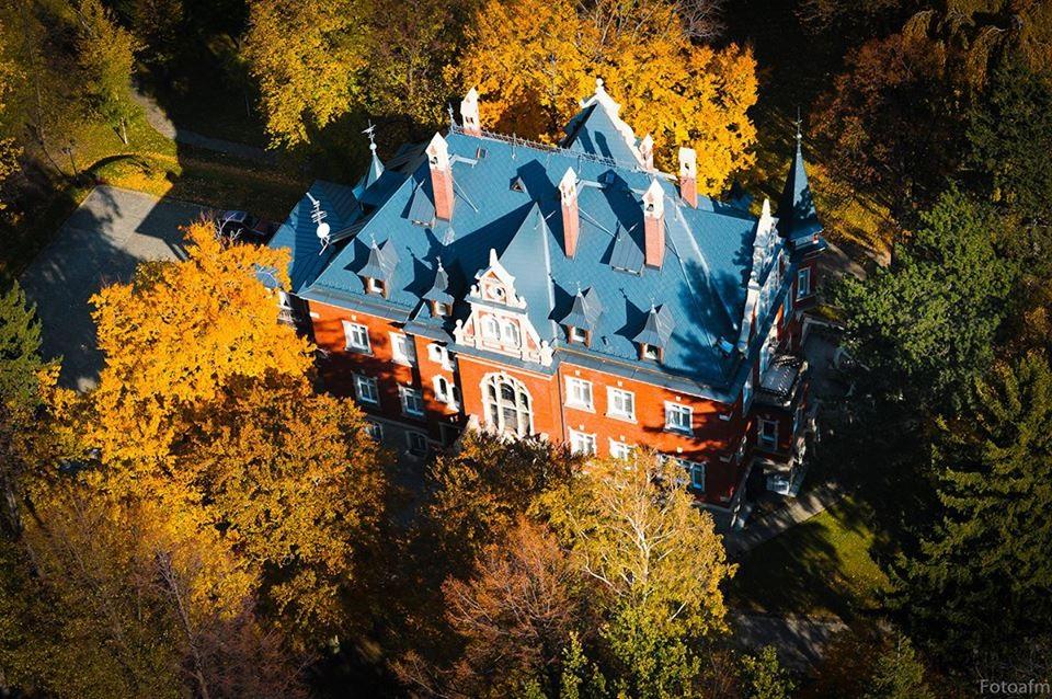 Hotel Dębowy - widok z góry