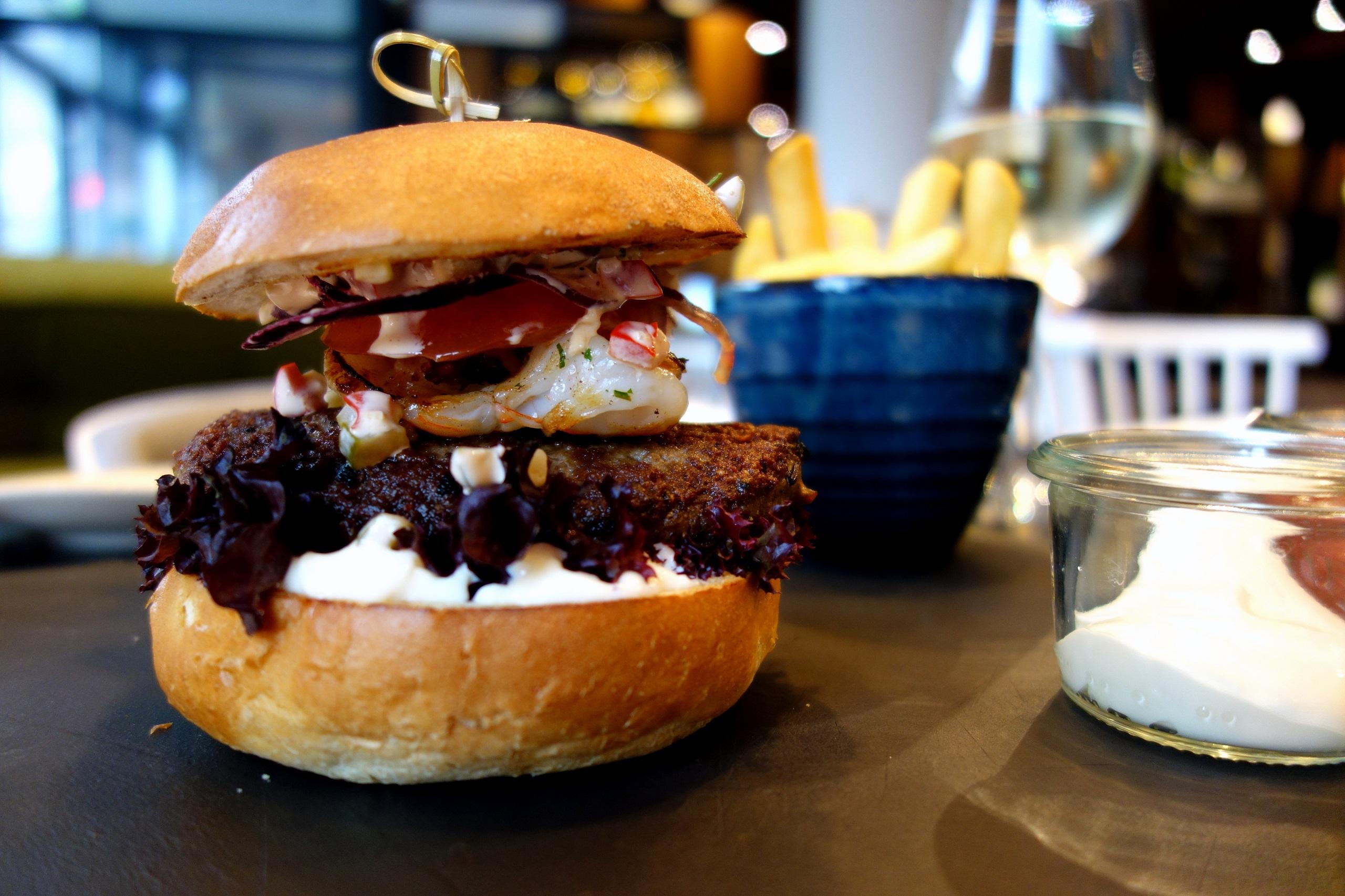 Burger z krewetkami - Winestone