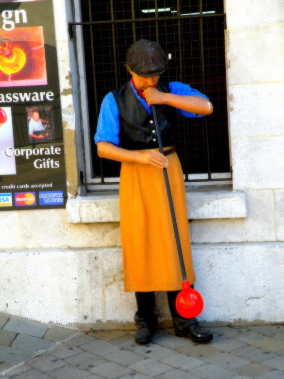 Gibraltar - figura woskowa hutnika szkła