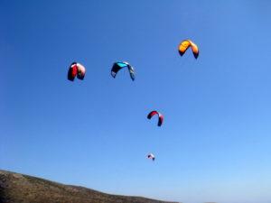 Latawce kitesurferów