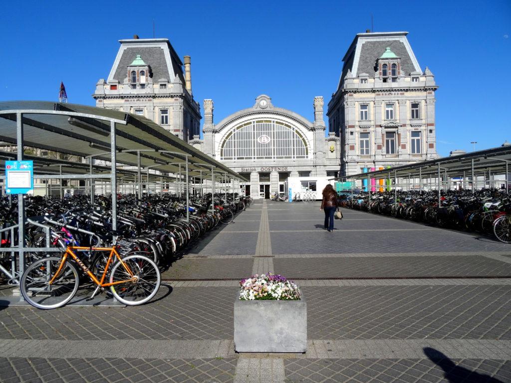 Dworzec kolejowy w Ostendzie