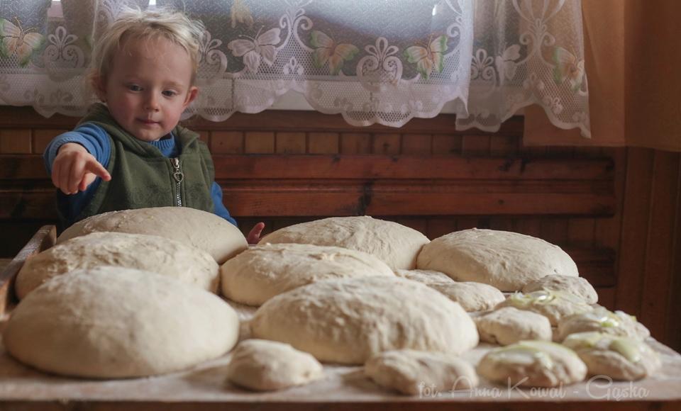 Zapoznaj mnie ze swoją kuchnią regionalną - Pieczenie chleba - aut. Anna Kowal-Gąska