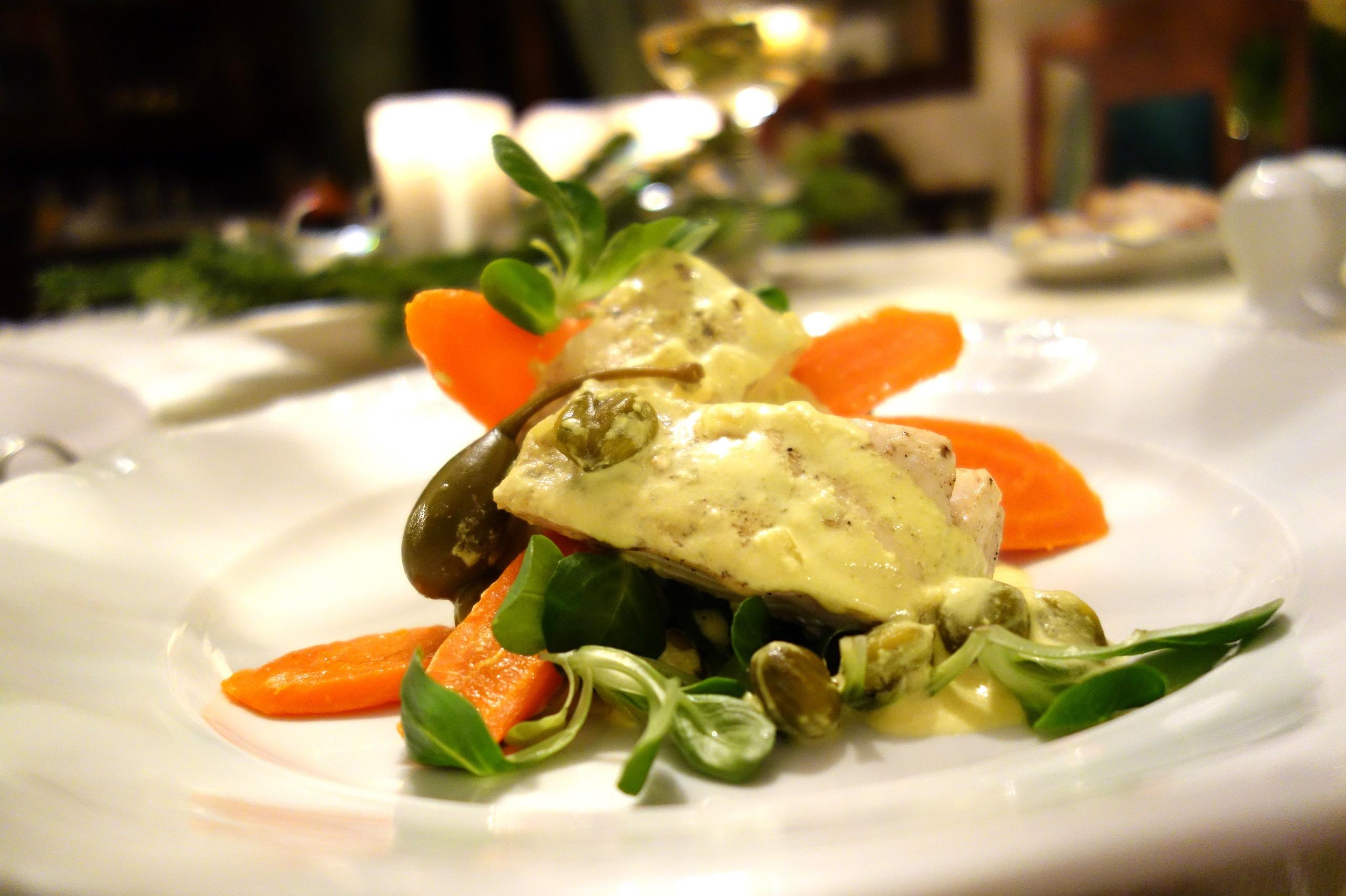 Jaworowy Dwór - pyszne mięso z warzywami