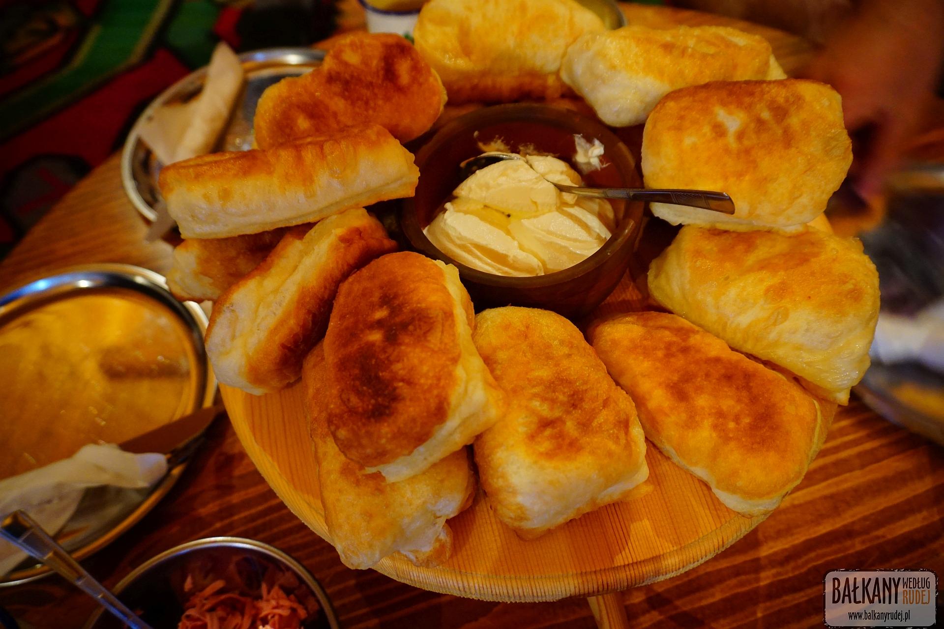 Kuchnia Bośni i Hercegowiny - ustipci - kuchnie świata. Autorka zdjęcia: Olka Zagórska