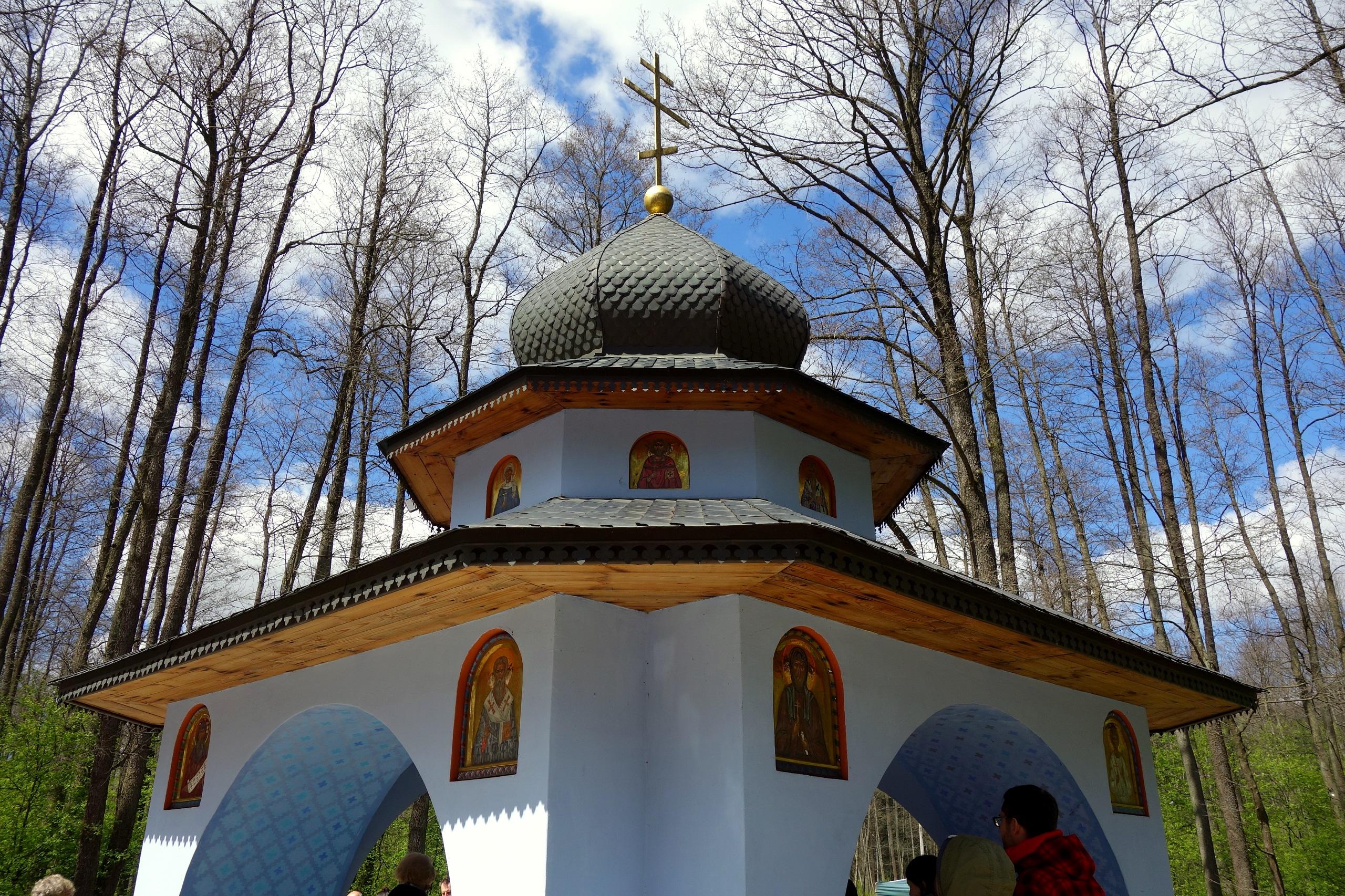Źródło u stóp Świętej Góry Grabarki - TOP 10 atrakcji Podlasia