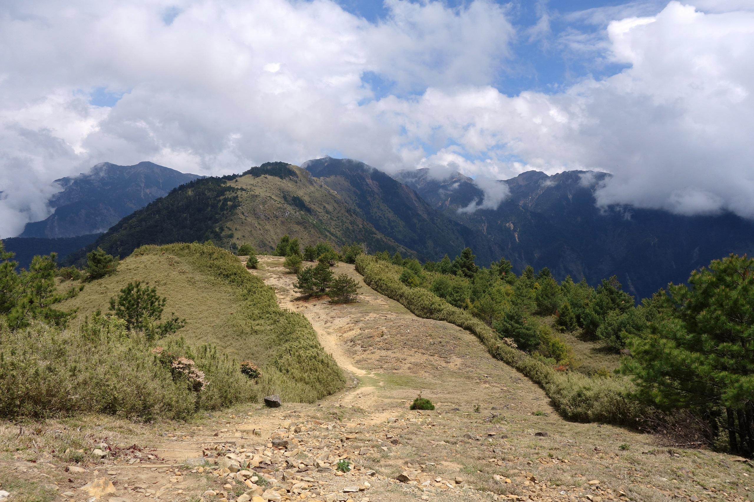 Park Yushan na Tajwanie - piękne góry