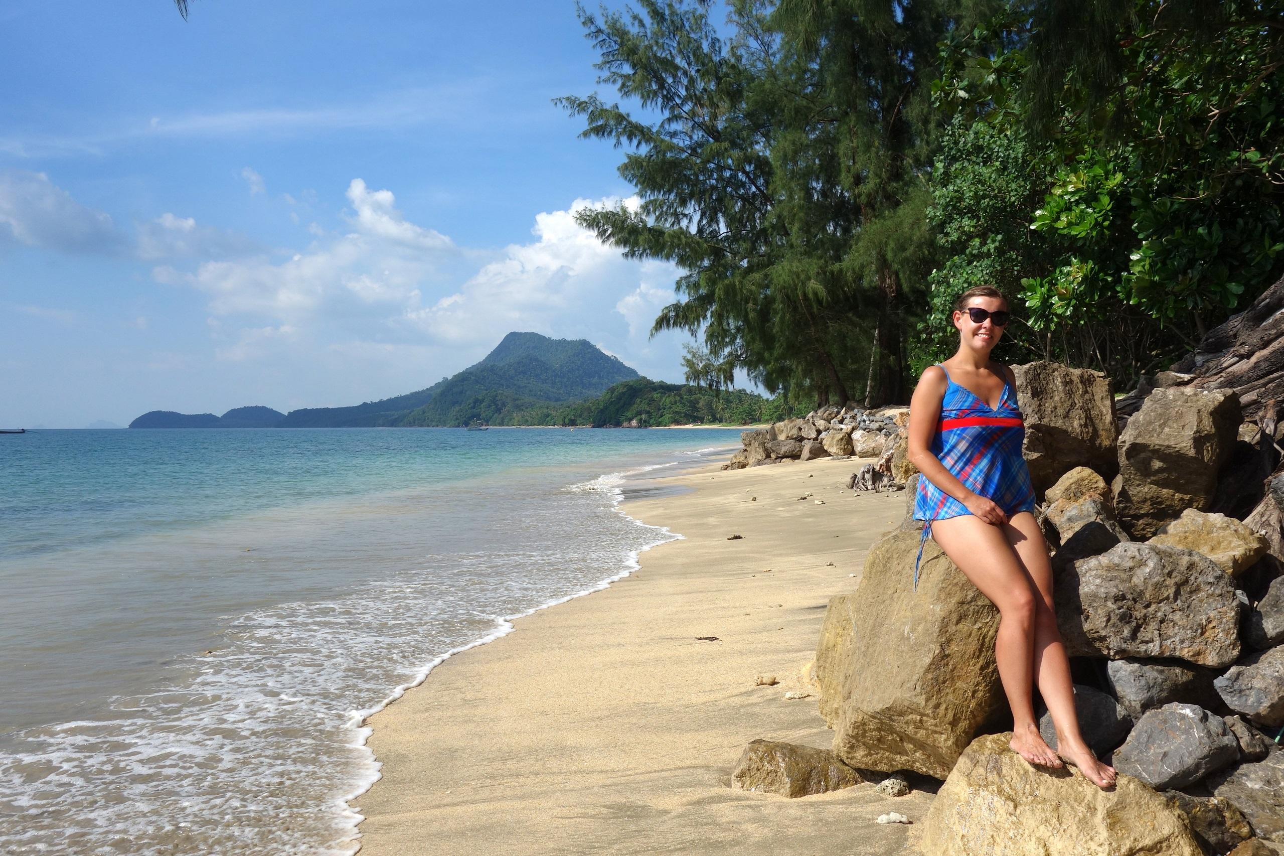 Wyspa Koh Jum i jej wspaniałe plaże!