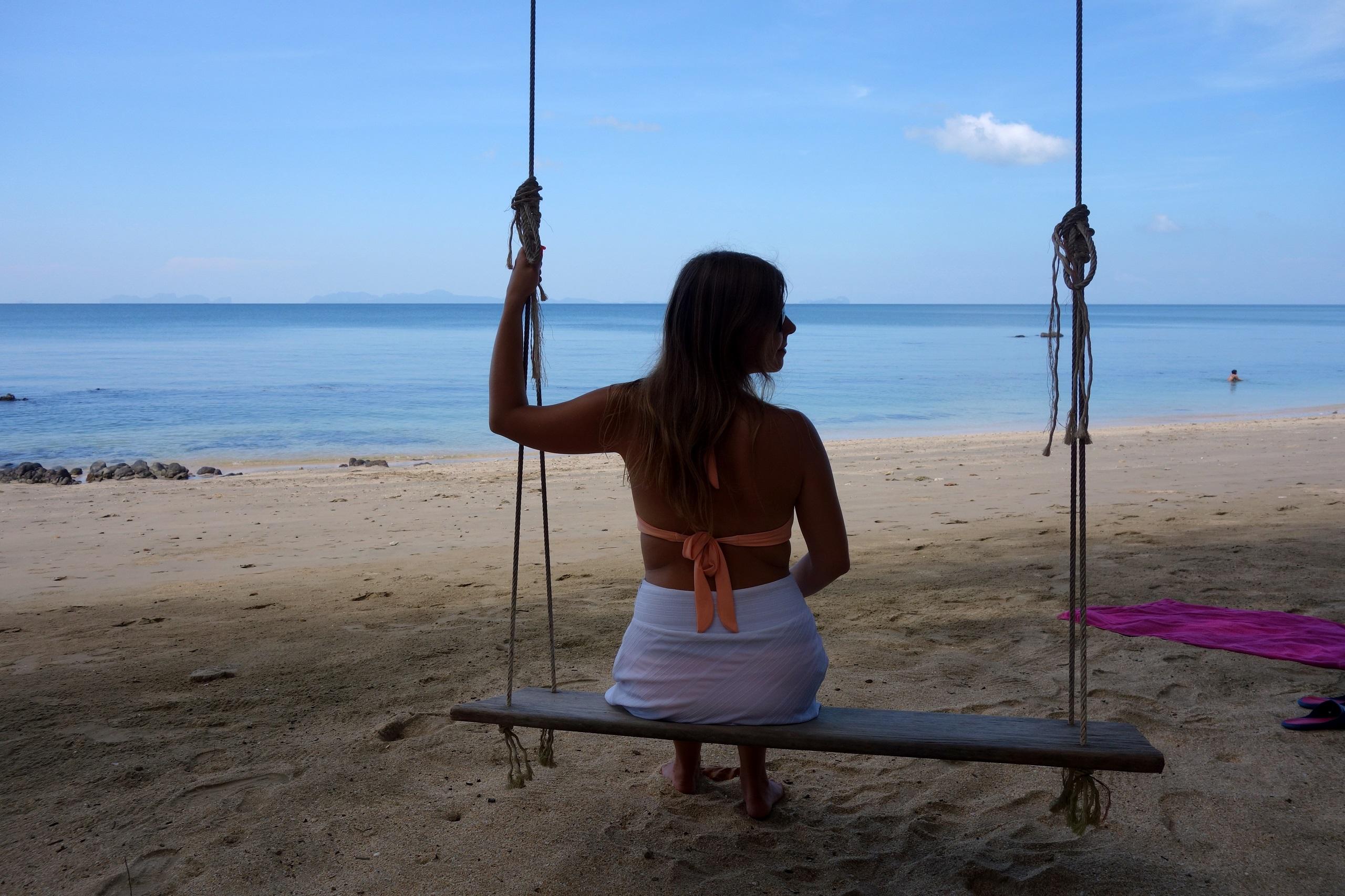Huśtawka na rajskiej wyspie Koh Jum - Tajlandia