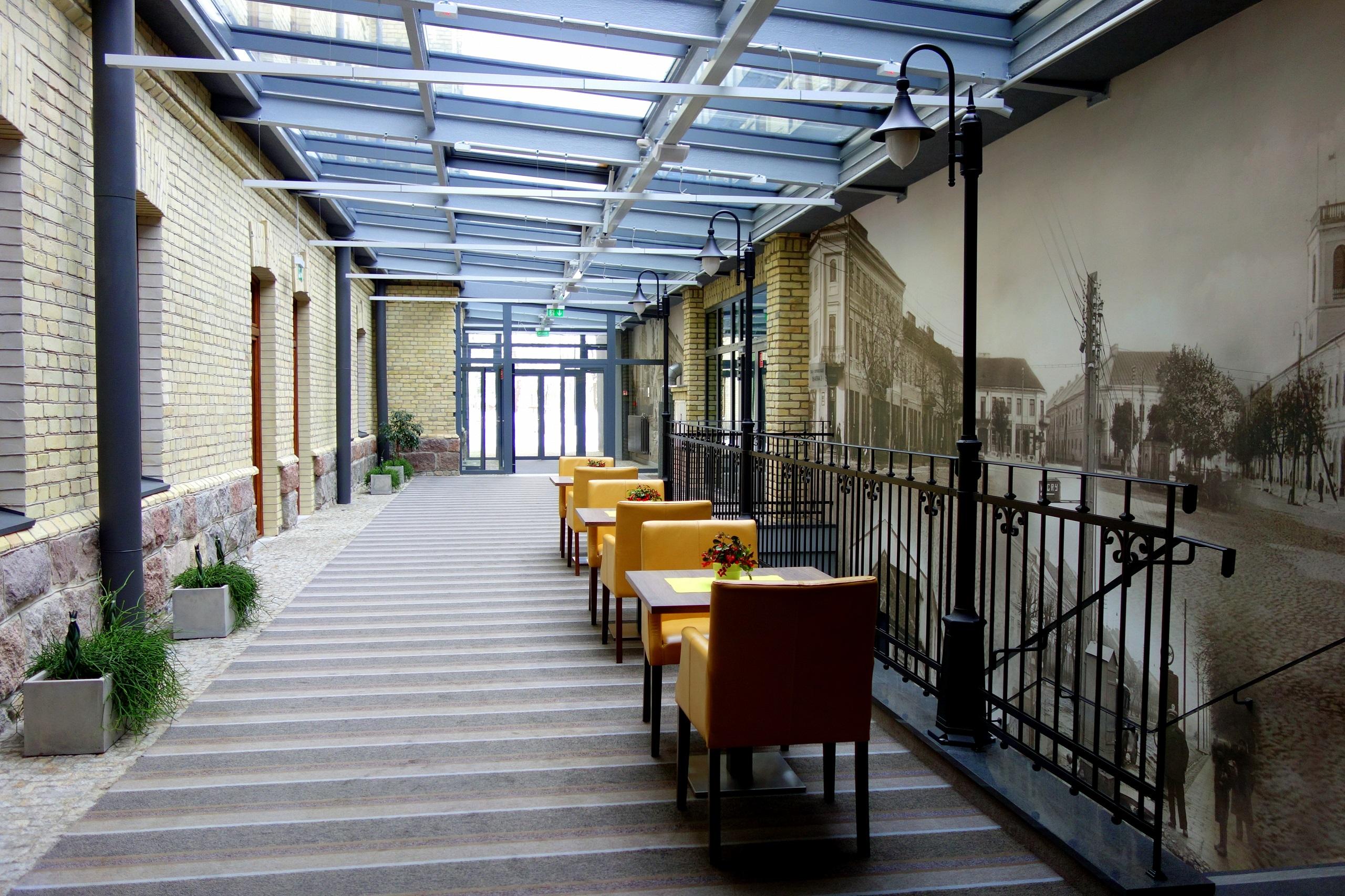 Hotel Loft 1898, Suwałki - hotelowa aleja