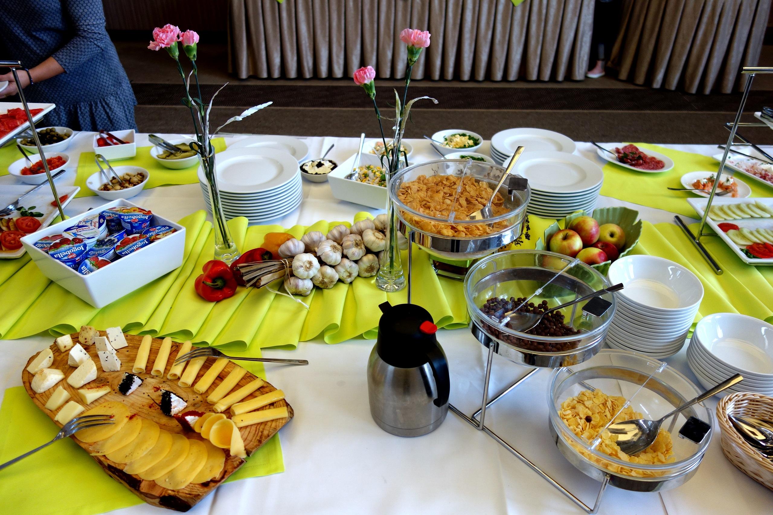 Hotel Loft 1898 – śniadanie w formie bufetu