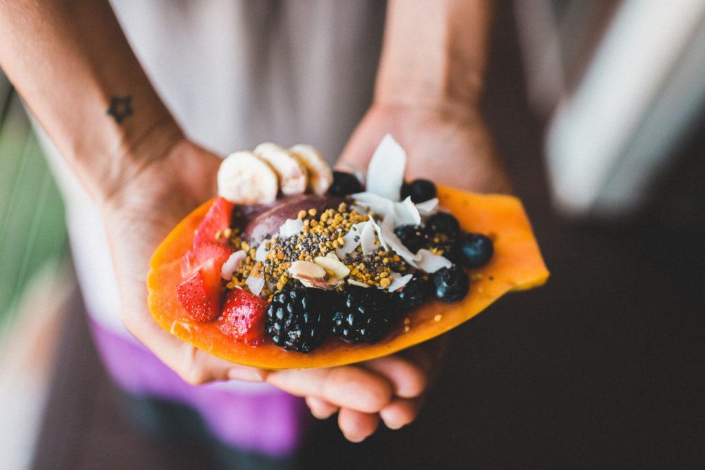 Żyj zdrowo - tropikalne śniadanie - slow food