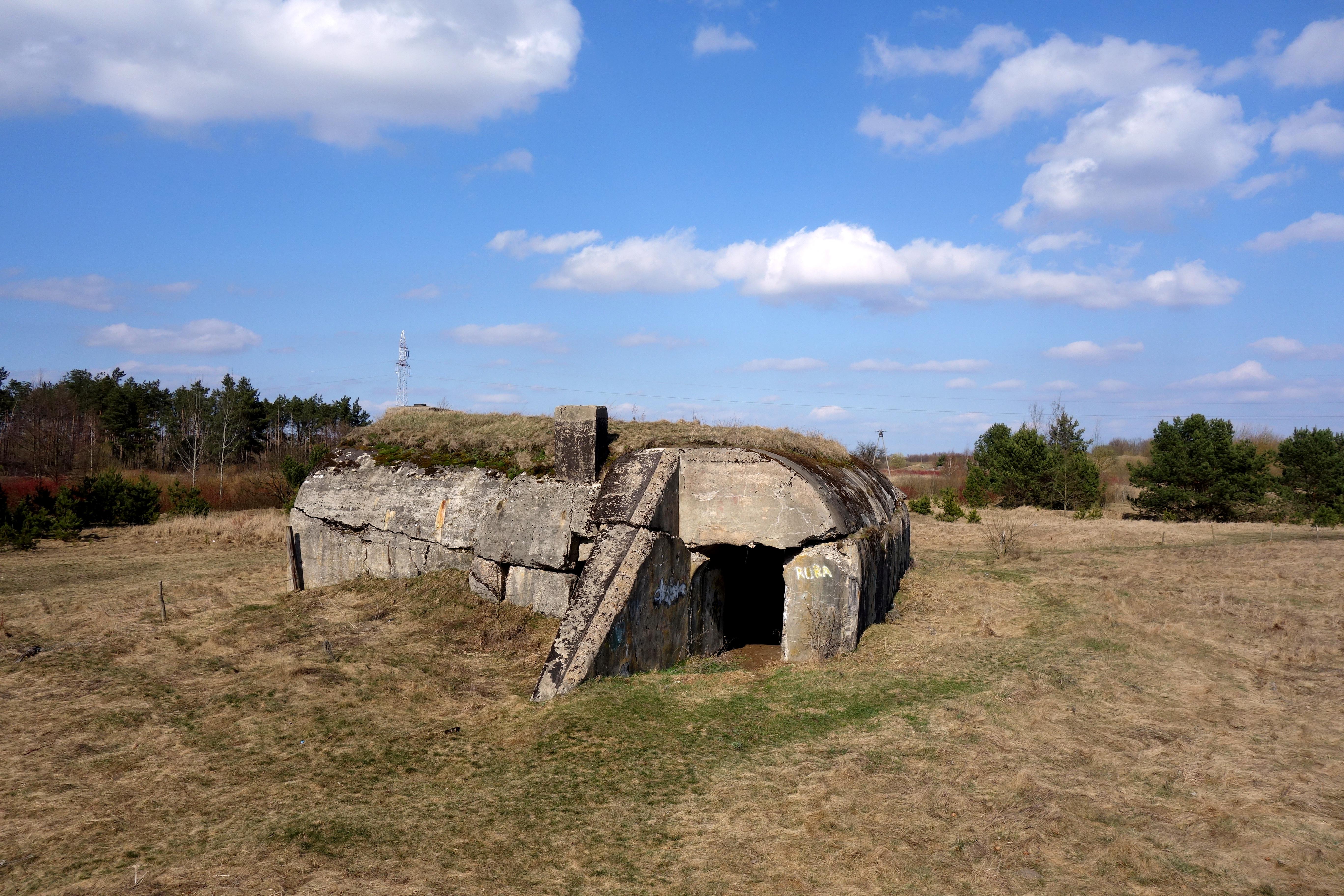 Obiekty militarne w Biebrzańskim Parku Narodowym - trasa edukacyjna Kładka - kładki podlaskie
